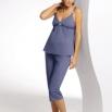 Mamabel_Cotton_PK_pf_rdax_185x262.jpg - Pyžamo<br />Pyžamo s 3/4 kalhotami s nastavitelnou šířkou pasu. Klip na ramínkách otevírá košíčky. <p>Velikosti/ Délka<br />36 - 46<br />65 cm<br />Složení<br />95% Bavlna , 5% Elastan</p>
